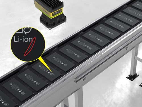 Cognex Inspektion Phone-battery-on-conveyor
